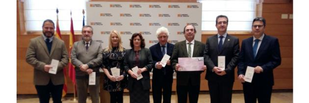 Los COFs de Aragón unidos para defender los derechos de los usuarios de clínicas dentales