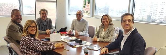 Los Colegios de Farmacéuticos de Aragón colaboran en el abandono del tabaquismo